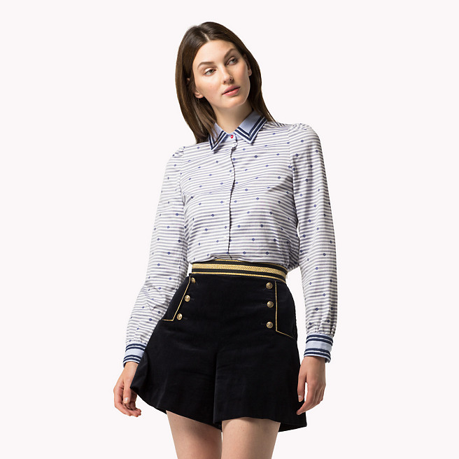hilfiger-velvet-marine-shorts-model