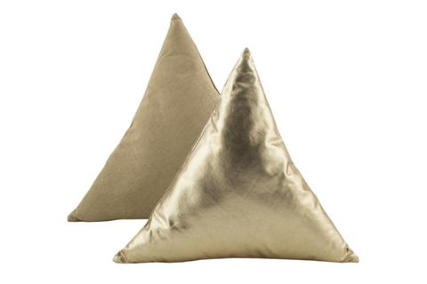 hero-triangle-cushion