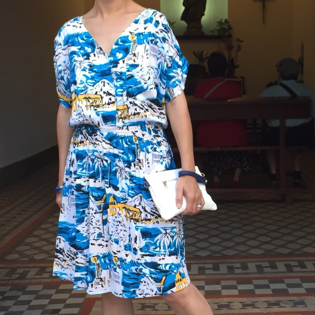 5preview-hawaiian-print-dress
