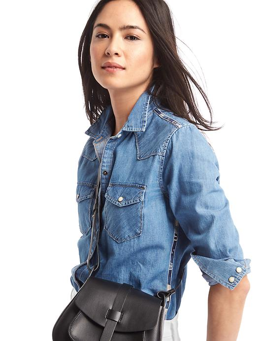 gap-denim-shirt