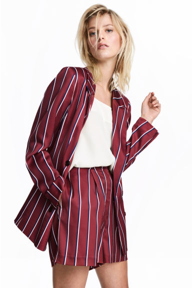 hm-striped-burgundy-shorts