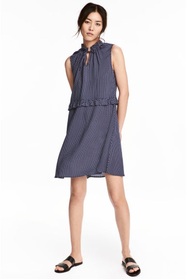 hm-patterned-dress-blue