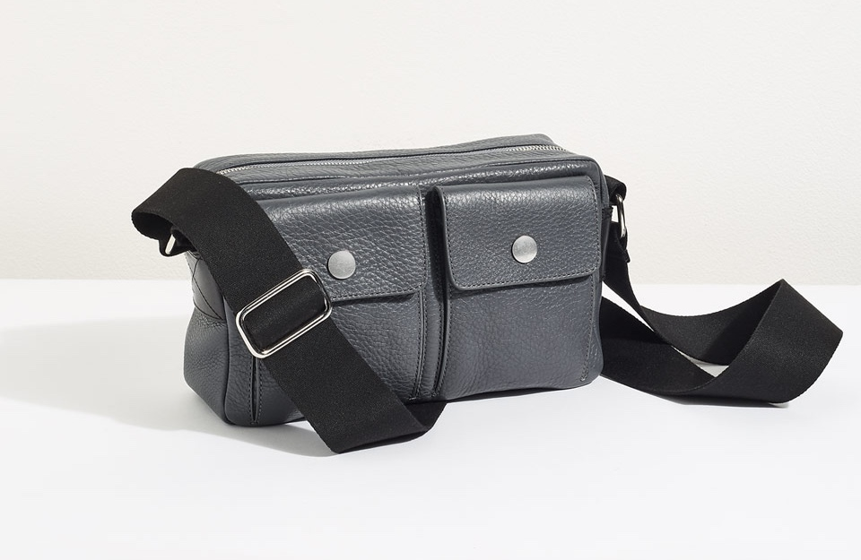 jigsaw-booker-utilitarian-bag