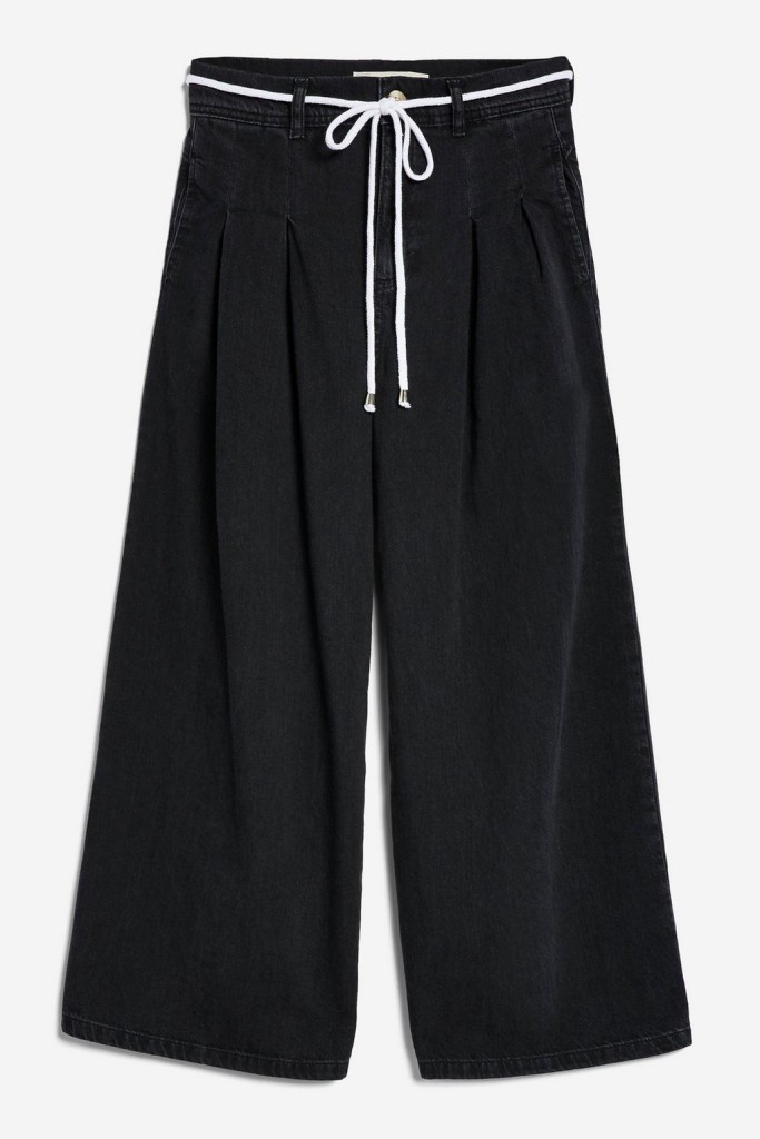 topshop-crop-black-jeans2