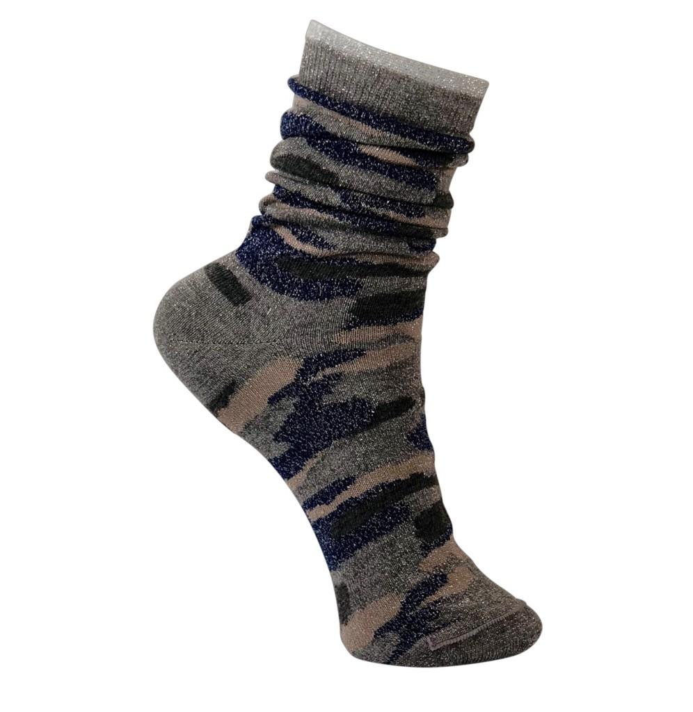 tae-sparkly-camo-socks
