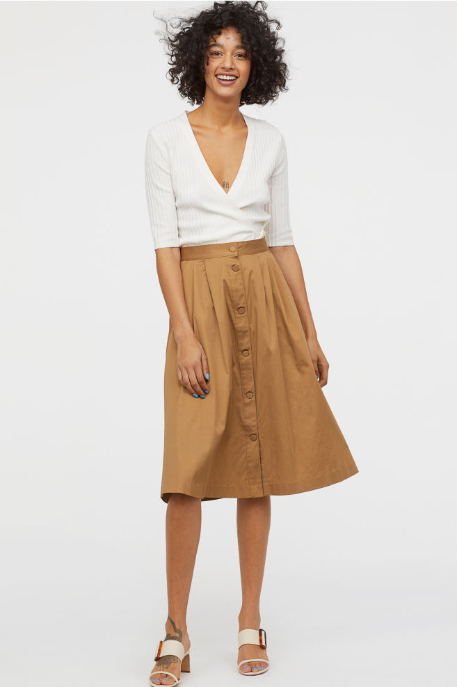 hm-skirt-with-buttons