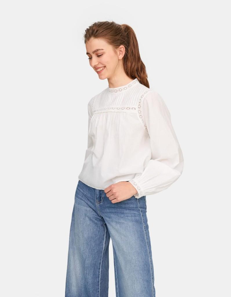 stradivarius-lacetrimmed-shirt