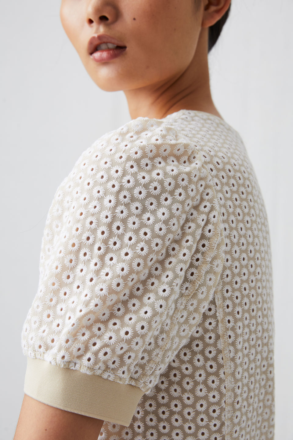 arket-embroidered-top-detail